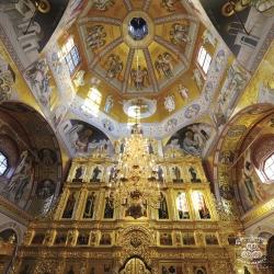 gold-leaf-manetti-iconography-saratov-russia
