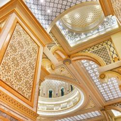 gold-leaf-applications-in-interior-design-palace-abu-dhabi