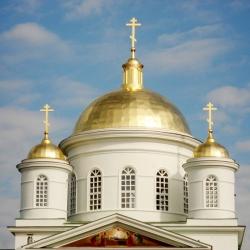 application-gold-leaf-in-restoration-novgorod-russia