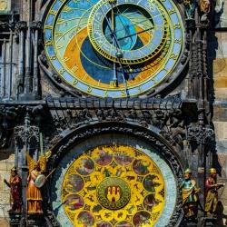 application-gold-leaf-in-restoration-prague-czech-republic