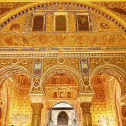 application-gold-leaf-in-restoration-seville-spain