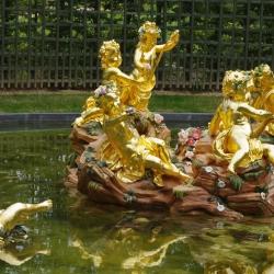 gold-leaf-manetti-sculpture-versailles