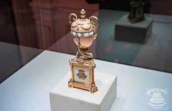 Лист розового золота — эксклюзивная продукция компании Манетти